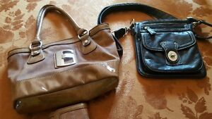 Couch Wristlet / Guess Purse & Wallet Kitchener / Waterloo Kitchener Area image 5