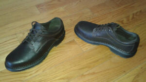 New never worn BROWN LEATHER TIMBERLAND MEN'S SHOES 11M