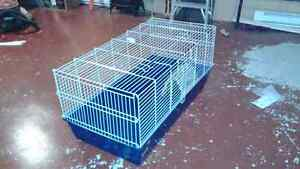 Large rabbit / guinea pig cage.