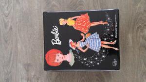 Vintage 1962/63/64 Barbie case/dolls/clothes/accessories