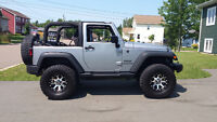 2014 Jeep Wrangler sport Convertible LIKE NEW  LOTS OF UPGRADES