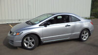 09 Civic - 2dr - auto - LOADED - MAGS - A/C - ONLY 72,000KMS