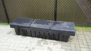 Coffre de rangement pour boîte de camion