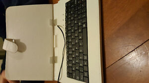Table case with keyboard