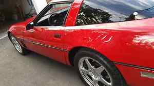 CLASSIC 1984 RED CORVETTE FOR SALE