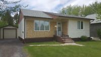 House for RENT - Dauphin, Mb