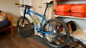 2000 cannondale team Volvo for trade