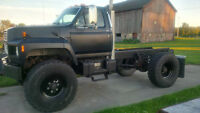 1987 Ford F700 4X4 Diesel - Excellent Shape