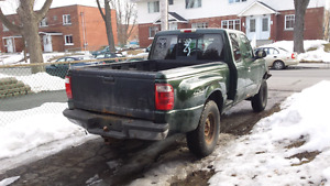 Ford Ranger 4X4  2001 FOR SALE-NEEDS SAAQ MECHANICAL INSPECTION