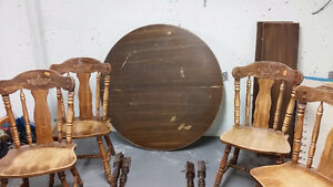 Round table and 4 chairs!