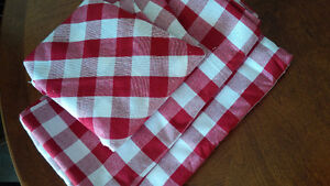 New 3 Table Cloths - for sale !