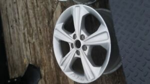 aluminum wheels from a 2015 ford escape  17 inch