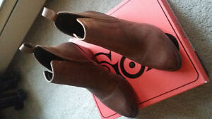 Brand New - Ladies Leather Ankle Boot London Ontario image 1