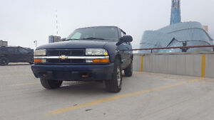 [SAFETIED] 2002 Chevrolet Blazer LS 4x4 Fully Loaded