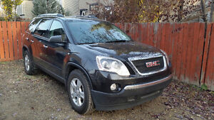 Private sale. Extended warranty. 2012 GMC Acadia Bench seat AWD