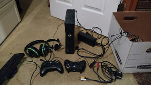 Xbox 360 with connect, Wii games/DS/ xbox games/skylanders
