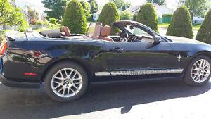 2012 Ford Mustang convertible premium cuir brun sellerie 19,000$