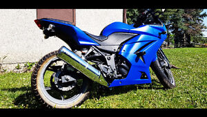 2008 Ninja 250 2,984kms - Lots of Mods - Plasti Dip - Lowered