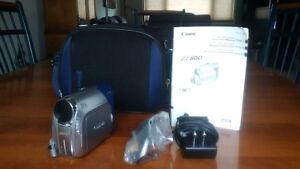Canon ZR800 Digital Video Camcorder
