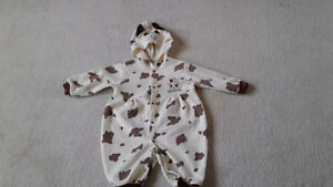 Very cute baby outfit size fits ( 12m -24m )
