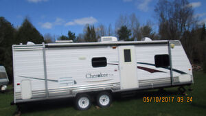 28ft Cherokee Lite Trailer