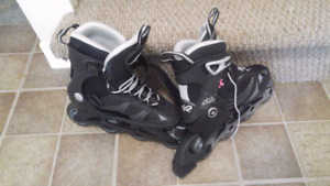 Excellent womens Size 8 roller blade skates