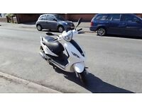 ***Piaggio Fly 125 3V scooter***