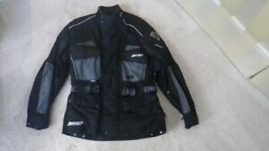 RHYNO MEN'S MOTORCYCLE JACKET FOR SALE - LIKE NEW