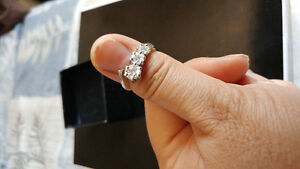 Authentic Diamond rings 14 carats white gold for sale