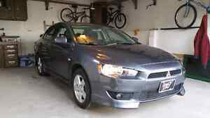 (SOLD) Gorgeous Mitsubishi Lancer for SALE (SOLD)