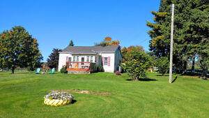 Beautiful Home Minutes from Gananoque Kingston Kingston Area image 9