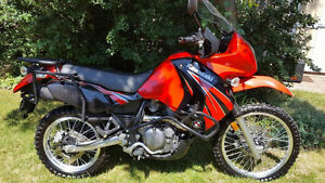 KLR 650 ADVENTURE MOTORCYCLE AND PANNIERS
