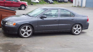 2004 VOLVO S60R  6 SPEED 107000 KMS