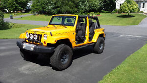 2012 Jeep Wrangler JK Unlimited Sahara SUV, Crossover