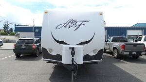 2012 Northwood Arctic Fox 25Y