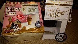 Soft Serve Ice Cream maker **Brand NEW!**