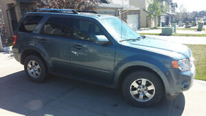 Like NEW 2012 Ford Escape Limited SUV, Crossover FULLY LOADED