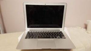 """2013 13"""" i5 128gb Macbook Air in Good Condition"""