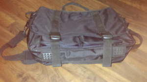 Laptop carry bag with many sections for storage