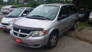 07 Dodge grand caravan stow n go  safety included