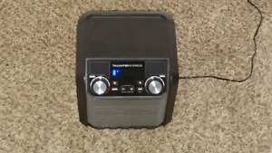 """""""Moving sale""""Heavy bluetooth speaker with microphone"""