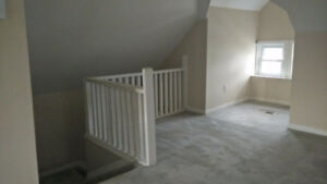 Beautiful 2-Bedroom in Walkerville. Great location and price!