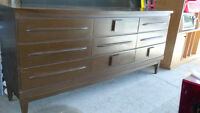 "Soildly Built and Spacious Dresser Drawer Unit – 6' x 17"" x 32"""