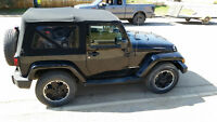 2012  Loaded Jeep Wrangler limited edition - low KM