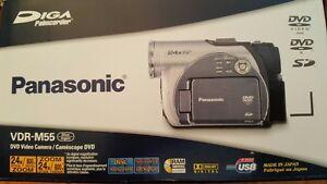 Panasonic DVD video camera 24x Zoom Palmcorder