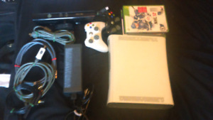 Xbox 360 with connect and 6 games