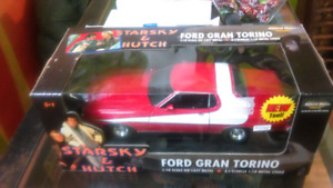 Starsky & Hutch Ford Gran Torino Die Cast Metal Collectible