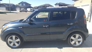 2011 KIA SOUL 4U! ONE OWER! LADY DRIVEN! NICE!!