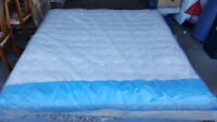 Sealy King Eurotop Mattress *New Condition*