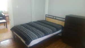 Big Bright Rooms Student House Uptown Waterloo 10+ Location3 r